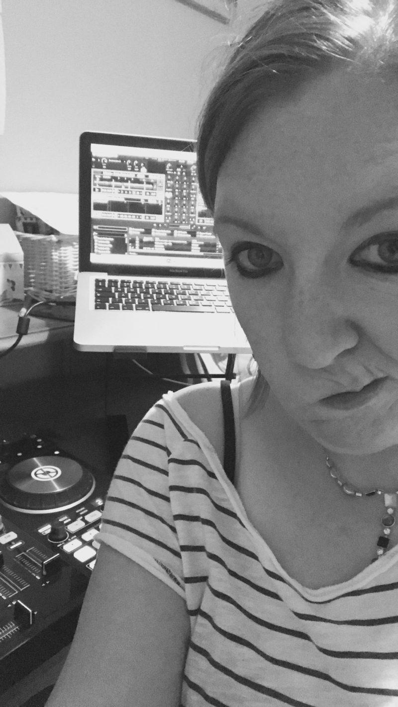 #LittleLoves - Bake Off, Beat Mixing & Bedtimes
