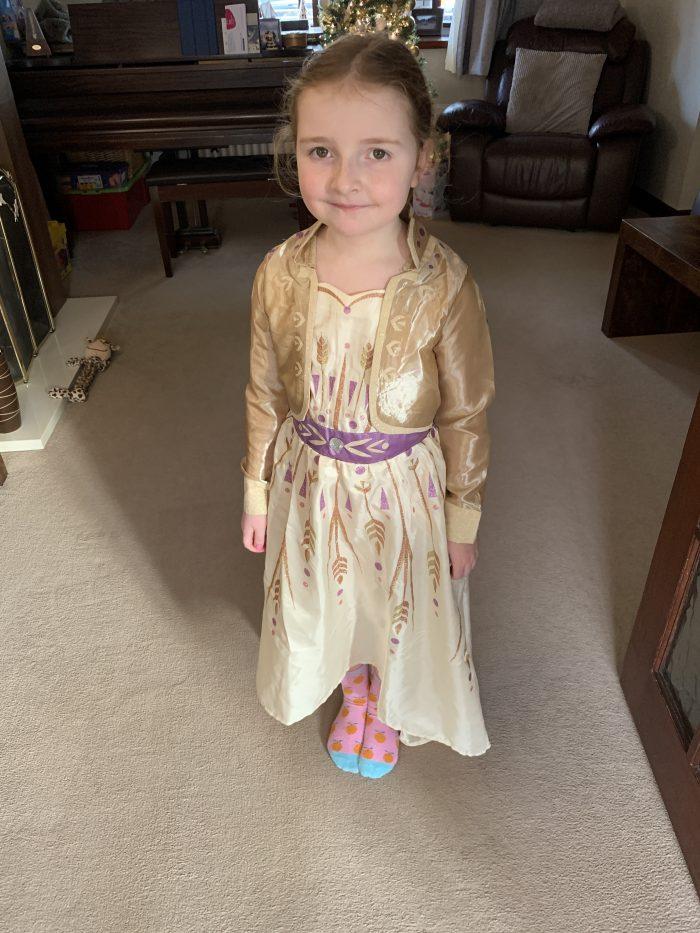 #LivingArrows - Princess Anna & The Pyjama King 01/52 (2020)