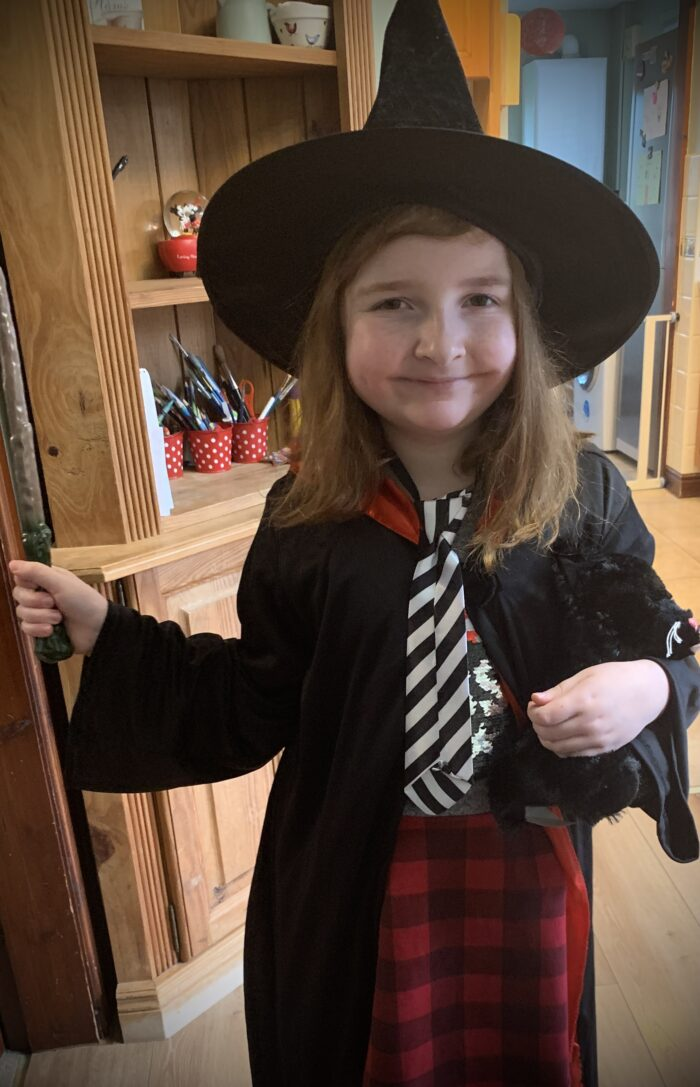 #LivingArrows – The Worst Witch for World Book Day & Our Paintshop Pro 10/52 (2021)